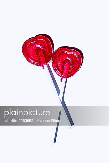 Heartshaped lollipops - p1149m2263653 by Yvonne Röder