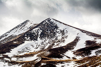 View of Massif Central Puy de Sancy  - p813m1216700 by B.Jaubert