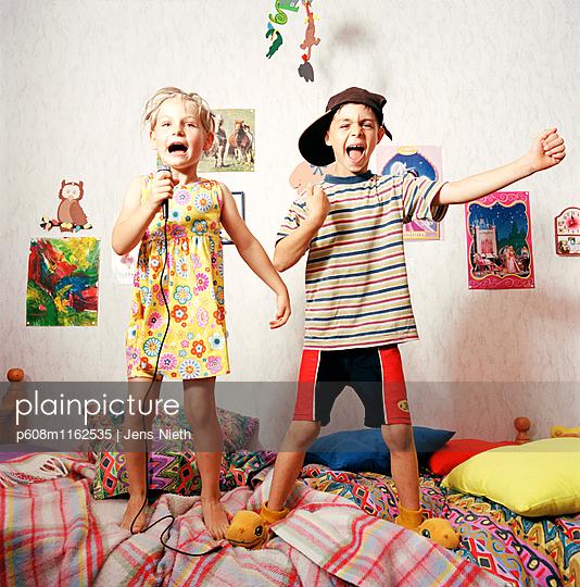 Kindheit - p608m1162535 von Jens Nieth