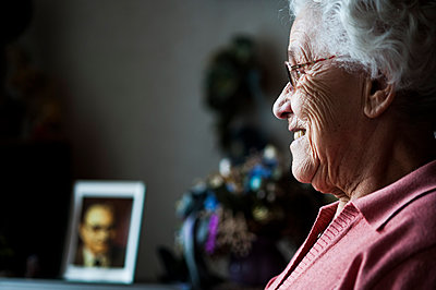 Old woman - p1066m963182 by Ulrike Schacht