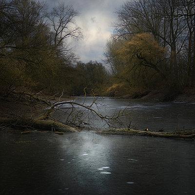 Walking On Water - p1633m2208844 von Bernd Webler