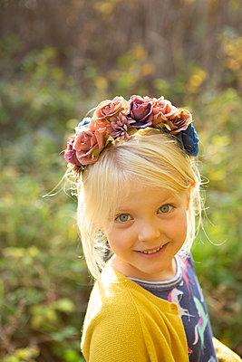 Floral hair decoration - p454m2204157 by Lubitz + Dorner