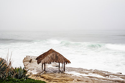 Looking down on the Surf Shack at Windansea Beach. La Jolla, CA, USA. - p1436m2164135 by Joseph S. Giacalone