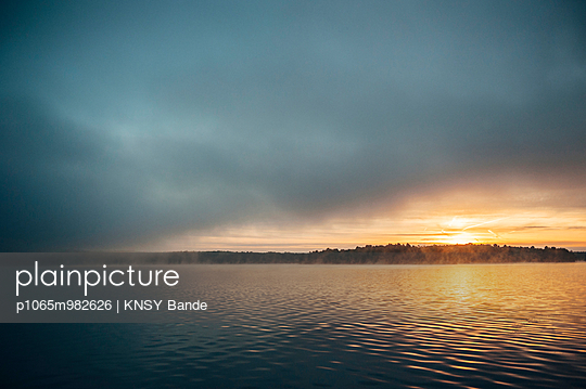 Sunrise at Chandos Lake - p1065m982626 by KNSY Bande