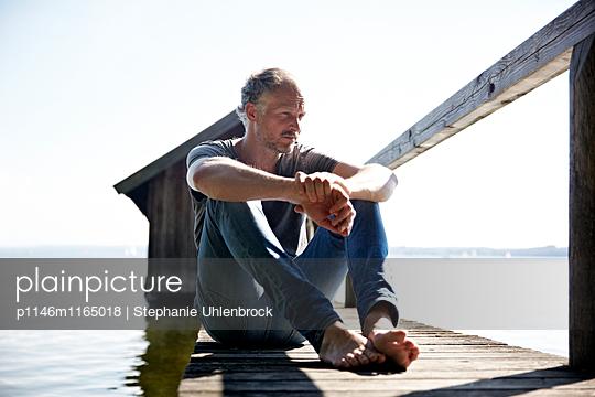 Am See entspannen - p1146m1165018 von Stephanie Uhlenbrock