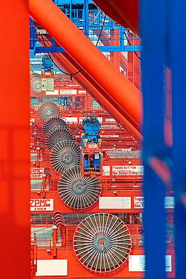 Containerterminal Bremerhaven - p1099m882906 von Sabine Vielmo