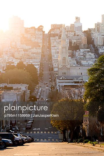 Hügel in San Francisco - p795m1159959 von Janklein