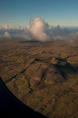 Vulkanlandschaft Island - p470m1481725 von Ingrid Michel