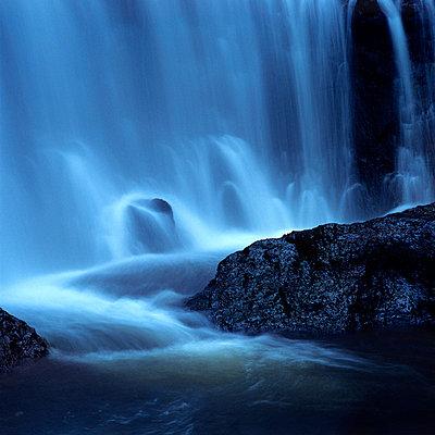 Waterfall - p8130027 by B.Jaubert