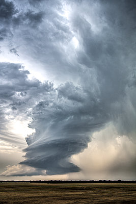 Low-precipitation supercell storm spins near Meno, Oklahoma - p924m2018808 by Chris Kridler