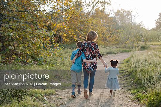 p1166m1530707 von Cavan Images