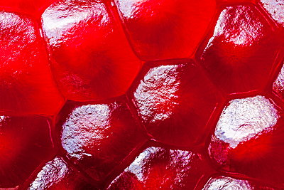 Pomegranate seeds  - p324m1537857 by Bildagentur Hamburg