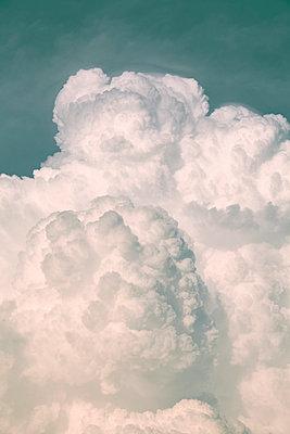 Wolken - p729m1048082 von Matthias Schmiedel