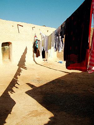 Wüstendorf in Marokko - p8870050 von Christian Kuhn