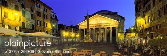 p1377m1266938 von Giovanni Simeone