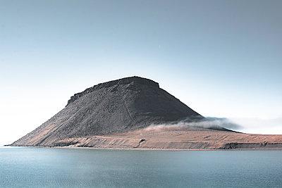 Dundas Mountain/Nordwestgrönland - p1486m2082909 von LUXart