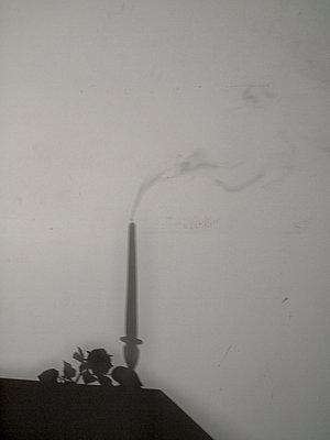 Schatten an der Wand - p444m2047723 von Müggenburg