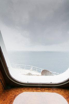 Regenwolken über dem Atlantik - p171m1198688 von Rolau