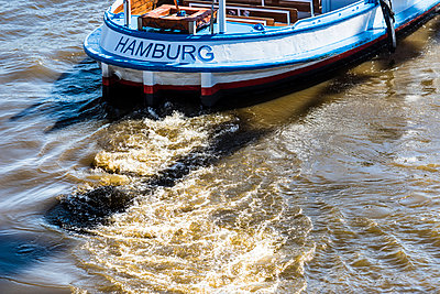 Hamburg - p488m1031044 by Bias