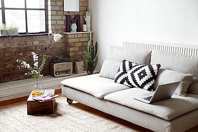 Modern living room - p312m1103933f by Johanna Nyholm