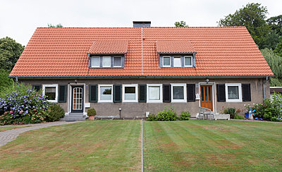 Doppelhaus in Bergarbeitersiedlung III - p105m882377 von André Schuster