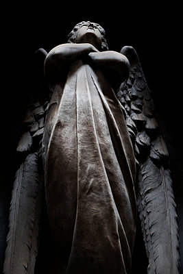 Figure of an angel at Monumental Cemetery of Staglieno - p1105m1222733 by Virginie Plauchut