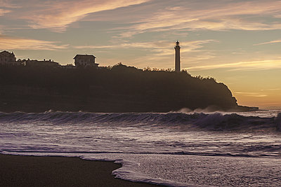 Biarritz lighthouse at sunset #02 - p1487m1564176 by Ludovic Mornand