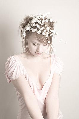 Fairy - p1670m2260388 by HANNAH