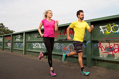 Running - p608m1058322 von Jens Nieth
