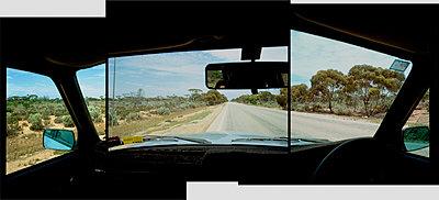 Autofahren - p1205m1021018 von Philip Gostelow