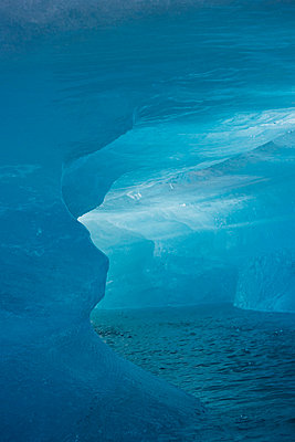 Iceberg Jokulsrln Vatnajokull Iceland. - p31221048f by Ingemar Lindewall
