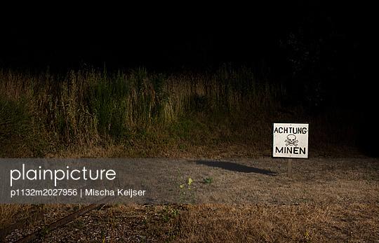 Achtung Minen - p1132m2027956 von Mischa Keijser