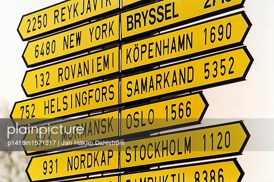 Entfernungen - p1418m1571317 von Jan Håkan Dahlström