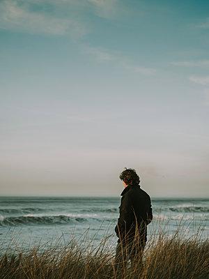 Man on the coast - p1522m2273353 by Almag