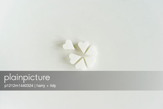 p1212m1440324 by harry + lidy