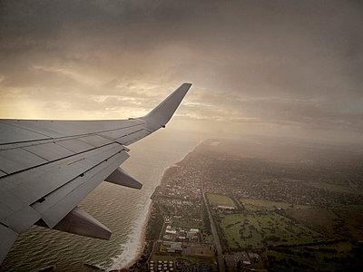 Aircraft wing - p1125m917346 by jonlove