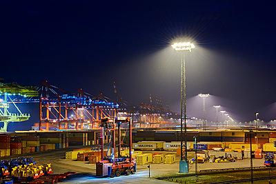 Containerterminal Bremerhaven - p1099m1515538 von Sabine Vielmo