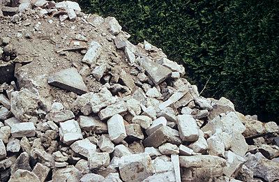 Debris - p1160140 by Gianna Schade