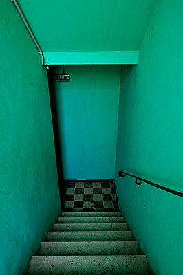 Grünes Treppenhaus - p8290180 von Régis Domergue