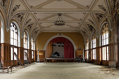 Abandoned theater - p1440m1497489 by terence abela