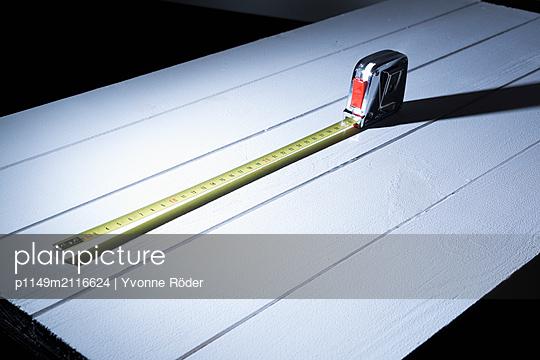 Measuring tape - p1149m2116624 by Yvonne Röder