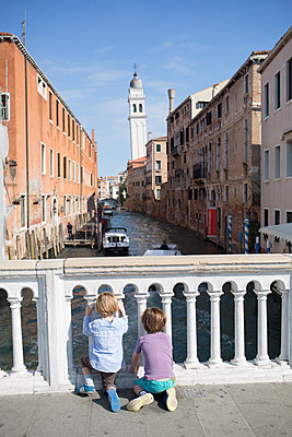 Kids in Venice - p1308m2126723 by felice douglas