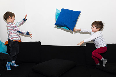 Pillow fight - p282m966430 by Holger Salach