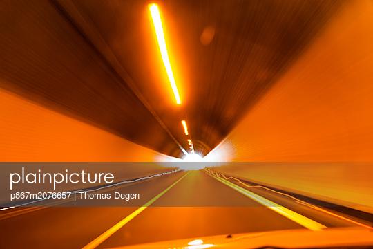 p867m2076657 by Thomas Degen