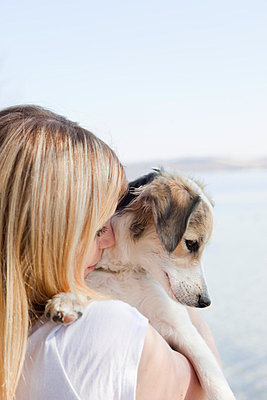 Hund und Frauchen - p4350123 von Stefanie Grewel