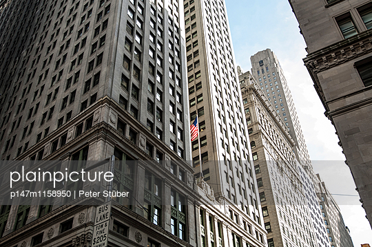 Hochhäuser in New York City - p147m1158950 von Peter Stüber
