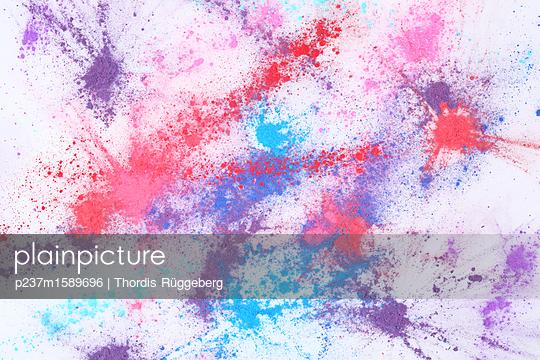 Farbpigmente - p237m1589696 von Thordis Rüggeberg