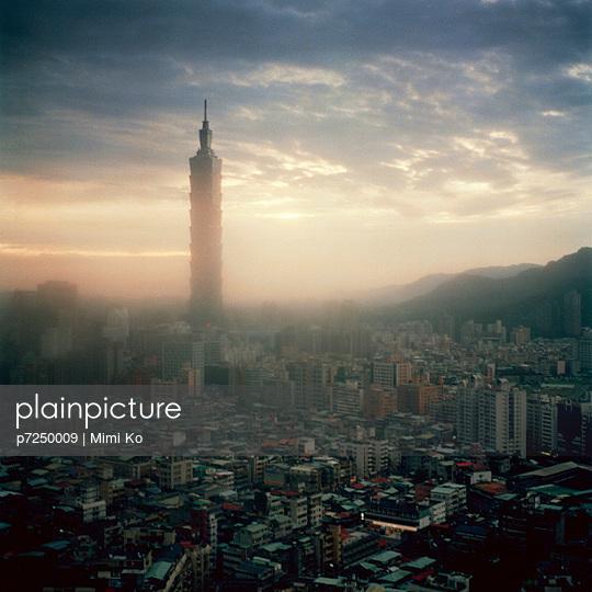 Taipei 101 - p7250009 by Mimi Ko