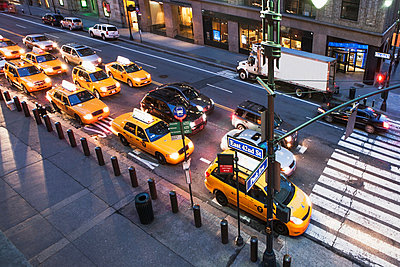 Yellow cabs and cars at  pedestrian crossing New York City, USA - p924m805837f by Ditto