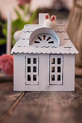 Little playhouse - p1621m2260391 by Anke Doerschlen